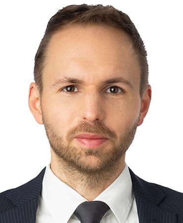 Dr. Nicolas Winterhager